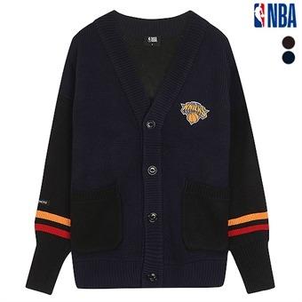 유니 뉴욕닉스 배색 와펜 포인트 스웨터 (N194KC011P)